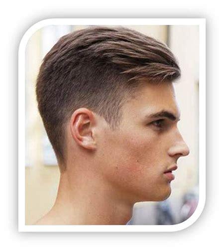gaya rambut remaja pria pendek bawah bahagia