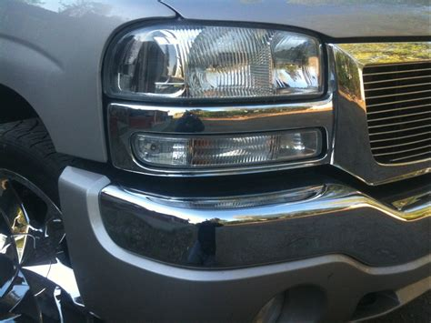 2005 Gmc Lights by Need Help Findin Clear Headlights Chevy Truck Forum