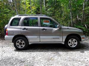 find used 2002 chevy tracker lt gold leather 4x4 4wd 6