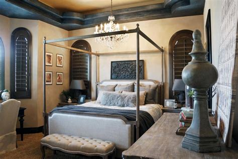 Mediterranes Schlafzimmer by Rooms Viewer Hgtv