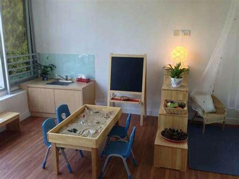 classroom layout reggio nga here is the sensory table we want safates d