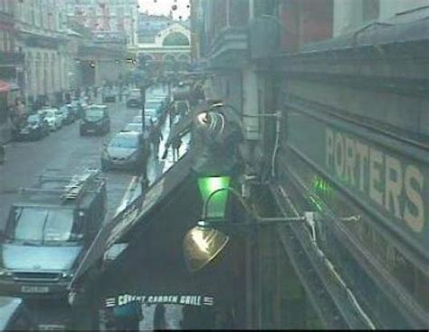london cam covent garden london live people watching webcam in london