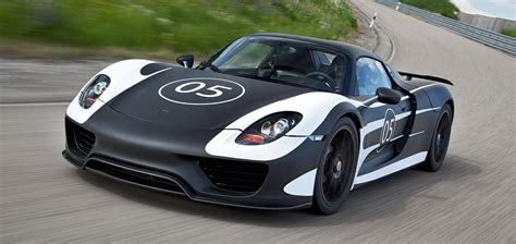 new porsche 918 301 moved permanently