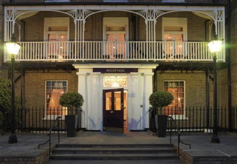 richmond hill tree up richmond hill hotel save up to 70 on luxury travel