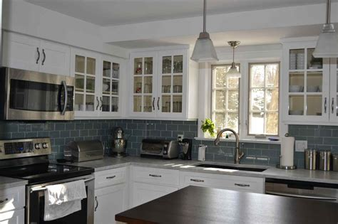 blue kitchen walls with white cabinets white cabinet kitchen blue walls deductour com