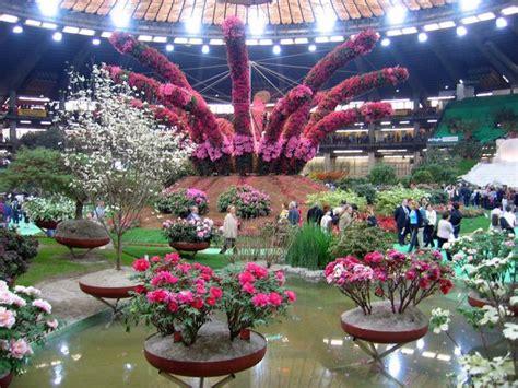 fiera fiori genova euroflora nuovo rinvio al 2018 e diventa triennale