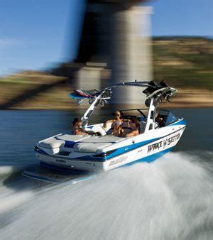 wake boat of the year riders vote malibu wakesetter vlx boat of the year
