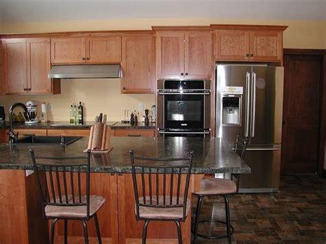cherry craftsman esque kitchen   pic heavy