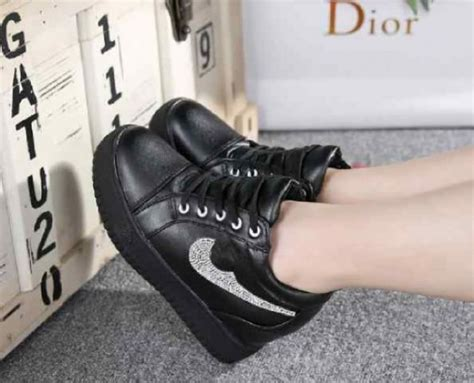 Promo Sale Sepatu Kets Bow Hitam sepatu kets tbp 554 hitam i grosir sepatu pria dan wanita