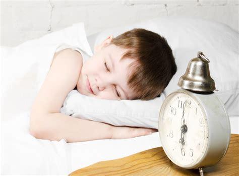 Alarm Tidur tips didik anak tidur sendiri latih dari awal