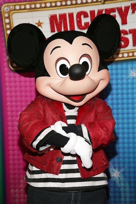 mickey mouse   disney  mickeys