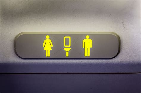 how to use bathroom in flight 13 things your flight attendant won t tell you reader s digest