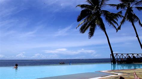 voyager beach resort fanatic sports travel