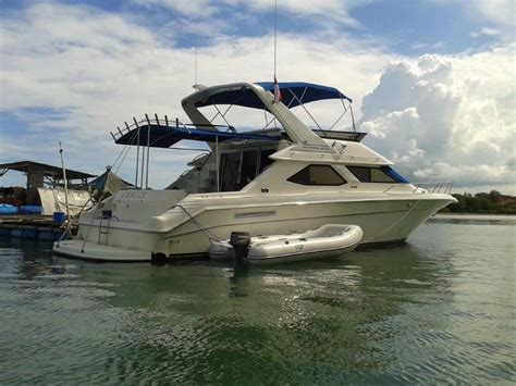 sea ray boat builder 1995 sea ray 440 express bridge power boat for sale www