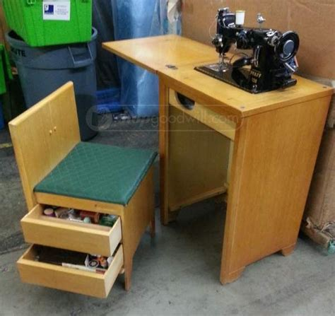 pfaff sewing machine cabinet 42 best antique vintage pfaff machines images on pinterest