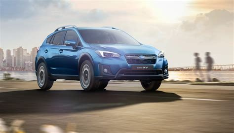 2017 subaru xv pricing and specs photos 1 of 9