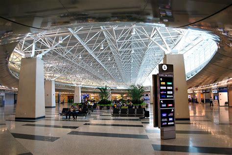 miami international airport mia mover system miami