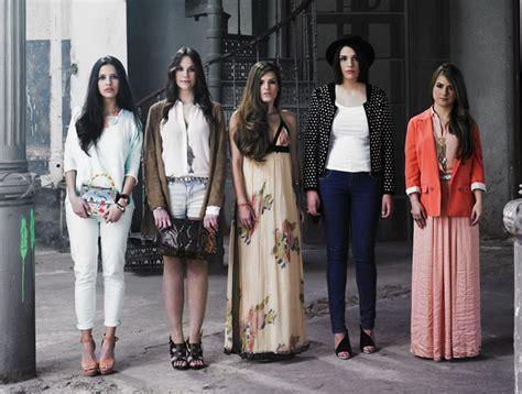 cual es la forma de vestir en zonas deserticas vestir en espa 241 a actualidad moda s moda el pa 205 s