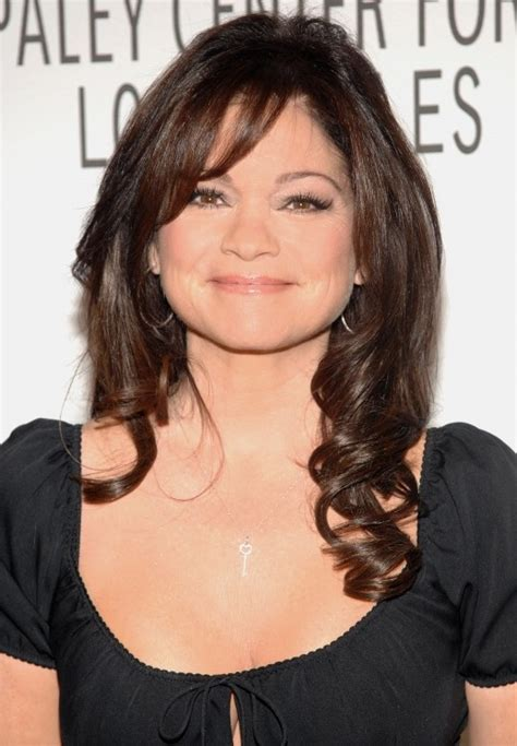 Valerie Bertinelli Hairstyle by Layered Hairstyle With Waves For Valerie
