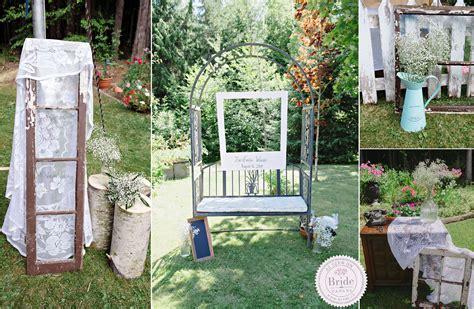 bride.ca   Real Wedding: Emilie & Jan Rustic, Backyard