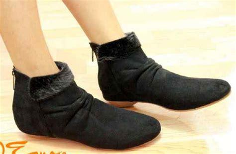 Sepatu Fashion Wanita Perempuan Cewek Boots Korea Keren Modis Sepatu Boots Korea Cakep Buat Touring Sepertiga