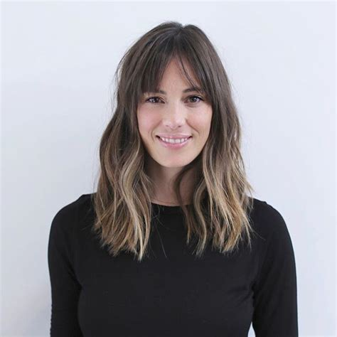 hair parting comes forward 25 best ideas about middle part bangs on pinterest