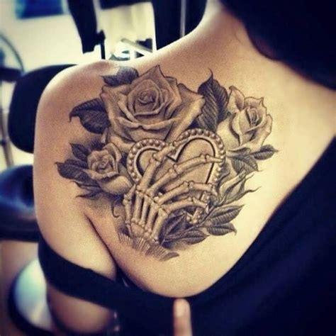 tattoo rose shoulder blade best 25 shoulder blade tattoos ideas on pinterest lace