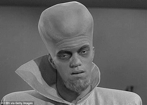 famous actors twilight zone tributes flood in for james bond villain richard kiel who