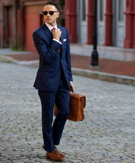 if i wear a navy suit brown shoes light blue shirt and a what colour shoes to wear with your suit the idle man