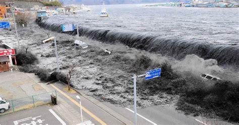 detik tsunami detik detik tsunami jepang masih ditonton ratusan ribu