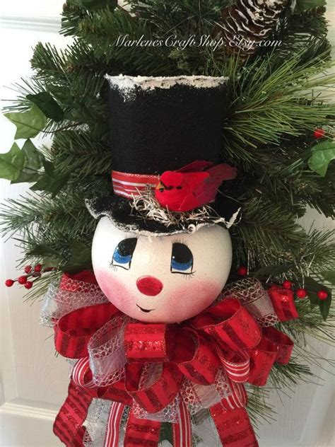 21 snowman decorations ideas to snowman door snowman door decoration ideas simple