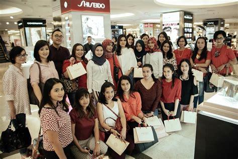 Harga Innisfree Counter shiseido synchro skin foundation sedang disuka fd member