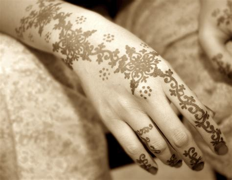 cool henna tattoos on hand henna mehndi kit cones fresh made henna pen ebay