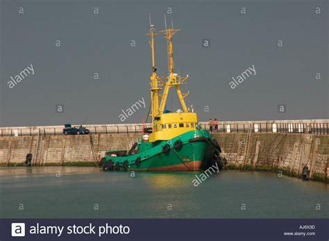kent tugboat tug boat ramsgate harbour stock photos tug boat ramsgate