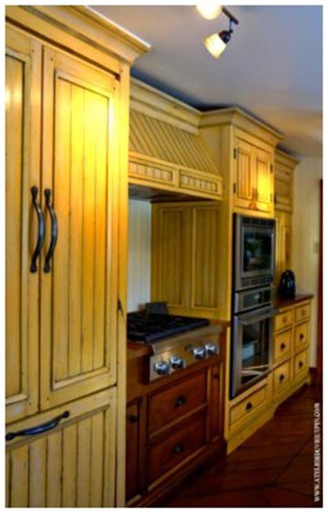 mustard seed yellow kitchen updates miss mustard seeds milk paint