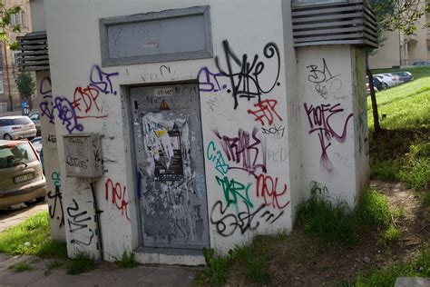 Plan Of A House Ugly Graffiti Photos Tim Hatch