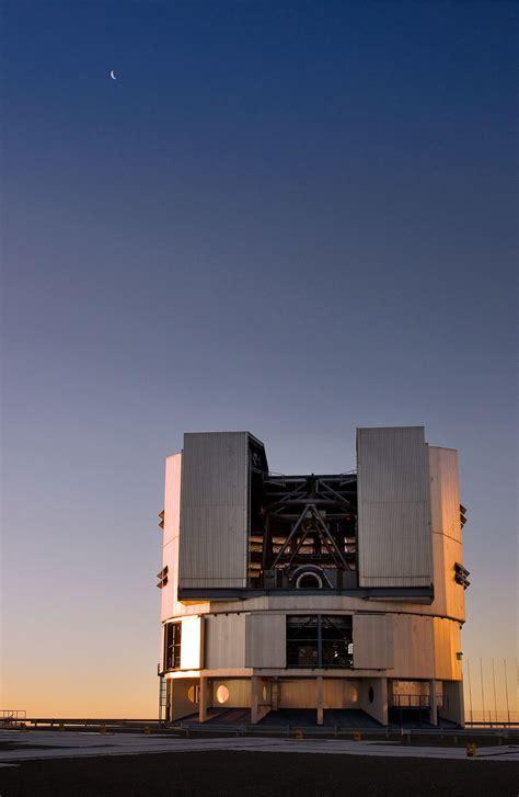 vlt unit telescope  paranal eso