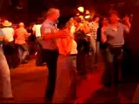 billy bob s country music dance hall red deer billy dance danse au billy bob s youtube