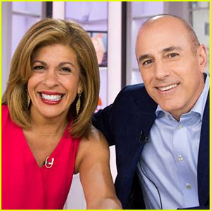 hoda kotb today show contract hoda kotb photos news and videos just jared
