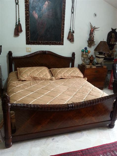 camas antiguas de madera cama en madera raiz de nogal antigua de 1 80 x 1 90