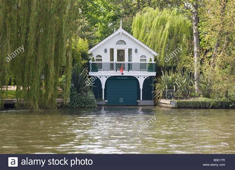 thames boat house private boat house on the river thames at maidenhead stock