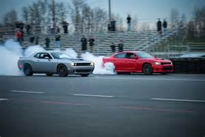 2016 dodge challenger and charger srt hellcat production