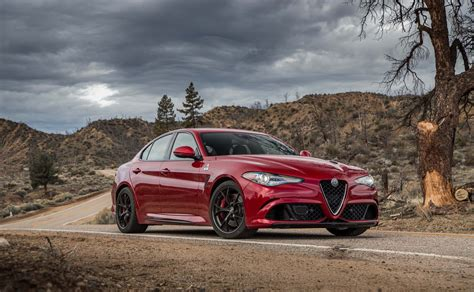 alfa romeo wallpaper alfa romeo giulia quadrifoglio 2017 hd wallpaper alfa
