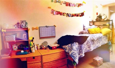boys bedroom grad college dorm etc pinterest my dorm room at hillside hall uri college central
