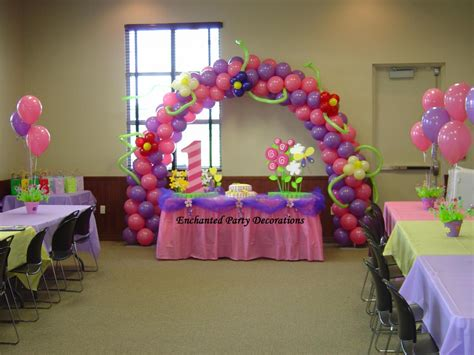 centerpieces for 21st birthday party party themes