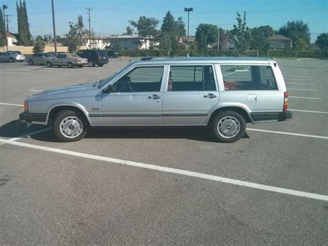 find   volvo  gle wagon  speed manual transmission cold ac clean title  san