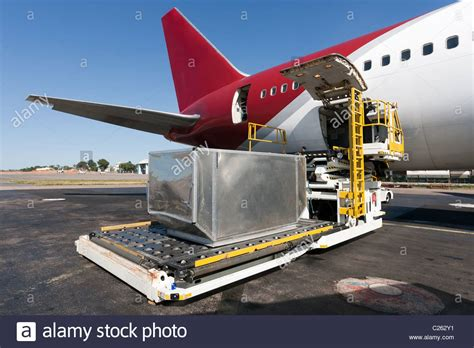 air freight cargo loading stock photos air freight cargo loading stock images alamy