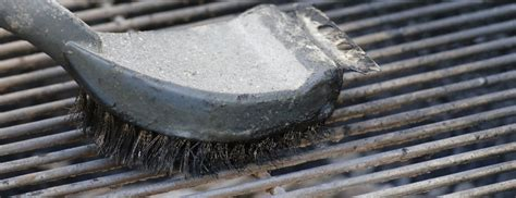dangers of wire barbecue grill brushes throat and mouth
