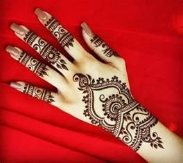 Stylish Design best stylish and fashionable christmas mehndi designs