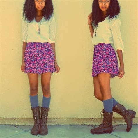 madden combat boots vera wang knee high socks forever 21 floral pleaded skirt